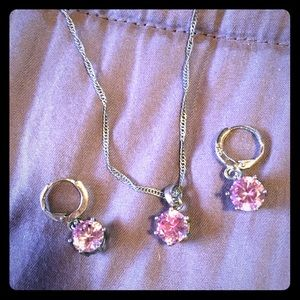 Jewelry - Pink crystal necklace and earrings set